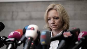 Die Leitende Staatsanwältin Barbara Loppacher an der Medienkonferenz in Schafisheim.