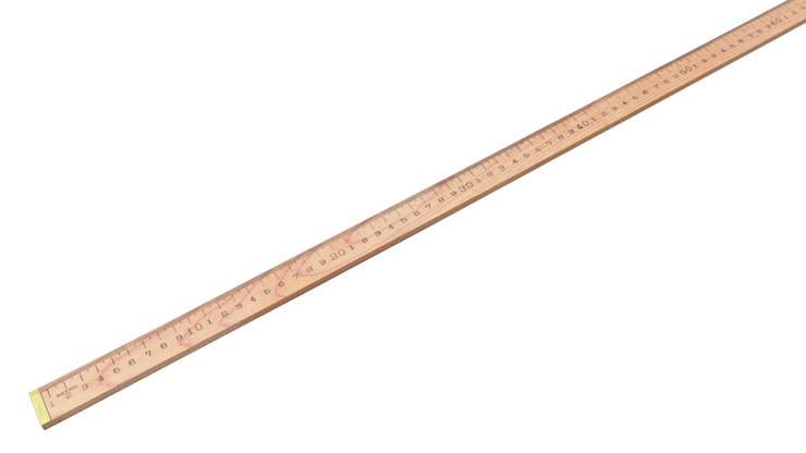 Der Holzmeter wurde in einem Eisenwarengeschäft in den USA entdeckt. Über den auf der Leiste eingeprägten Fabriknamen gelangten die Fabrikat-Besitzer an die Hersteller: Es waren ursprünglich Lehrer, die 1999 ein Anwesen in Maine gekauft hatten, mit der Absicht, die Anlagen zur Holzproduktion zu nutzen. Im ersten Jahr erhielten sie immer wieder Anfragen von Händlern, die einen Holzmeter kaufen wollten. Damit wurde auch klar, wofür die zylinderförmigen Eisengeräte im Hinterhaus gebraucht worden waren: Holzleisten können damit auf zwei unterschiedliche Metrierungen – in Inches und Zentimetern – geprägt werden. Es gelang, die ehemaligen Arbeiter wieder einzustellen und die Produktion wieder aufzunehmen. Die geprägte Metrierung wird von Hand eingeschwärzt. Der Meter wird vor allem von Glasschneidern und in der Textilbranche verwendet.