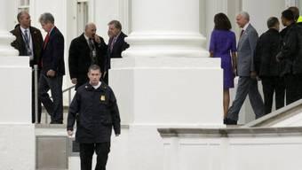 Republikanische Senatoren verlassen das Weisse Haus