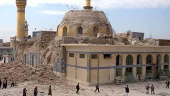 Goldene Moschee in Samarra nach Anschlag 2006 (Archiv)