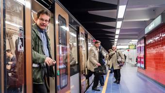 16 Menschen verloren hier am 22. März bei einem Selbstmordanschlag ihr Leben. Gestern wurde die Station Maelbeek wiedereröffnet.Geert Vanden Wijngaert/AP/Keystone
