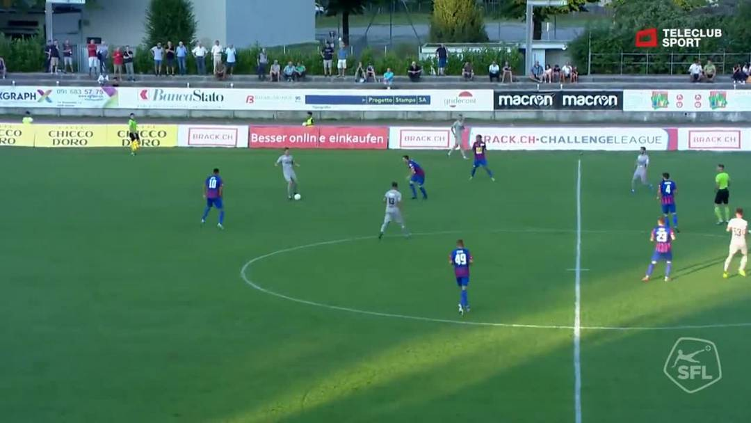 4. Minute: Patrick Rossini schiesst den Führungstreffer für Aarau