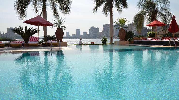Vom Pool in Weilers Hotel sieht man auf den Nil.