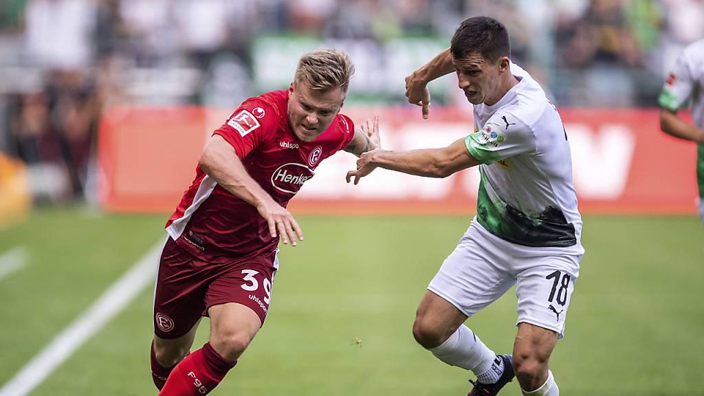 Dortmund vergibt Sieg mit spätem Eigentor