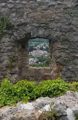 Schlossruine Dornach: Blick in die Zukunft?