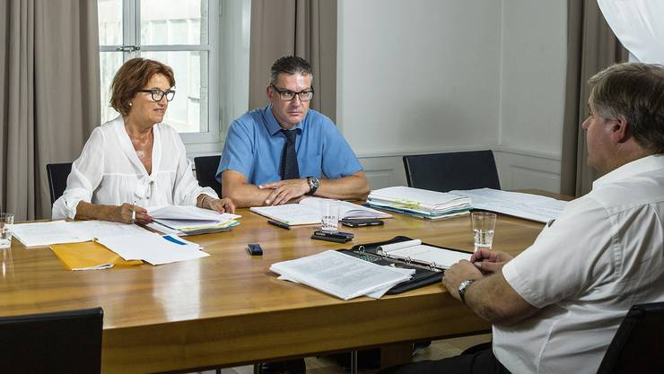 Gemeindeammänner-Präsidentin Renate Gautschy und Geschäftsführer Martin Hitz sind sich einig: Der Lohn muss markant steigen.