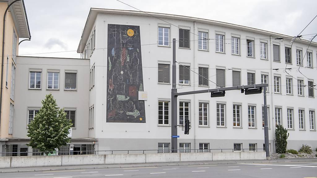 Die Kunstplattform Akku in Emmenbrücke LU führt zu ihrer neuen Ausstellung «Faszination des Gesichts» auch Führungen und Familienprogramme durch. (Archivaufnahme)