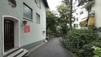 Der Vater der beiden muslimischen Schüler ist Imam an der Moschee der Islamische König Faysal Stiftung an der Friedensgasse in Basel.