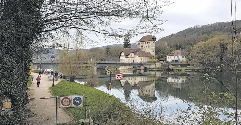 In Kaiserstuhl verband die Brücke schon im Mittelalter die Schweiz mit Deutschland.