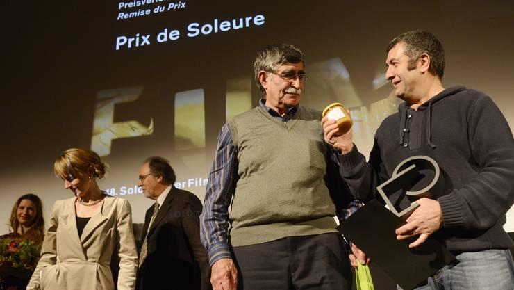 2013 freute sich Regisseur Mano Khalil (r.) zusammen mit seinem Hauptprotagonisten Ibrahim Gezer über den «Prix de Soleure».