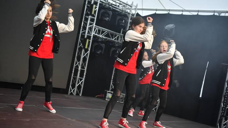 mia 2019: Auftritt der Move! Danceschool von Sarah Cattin-Steiner.