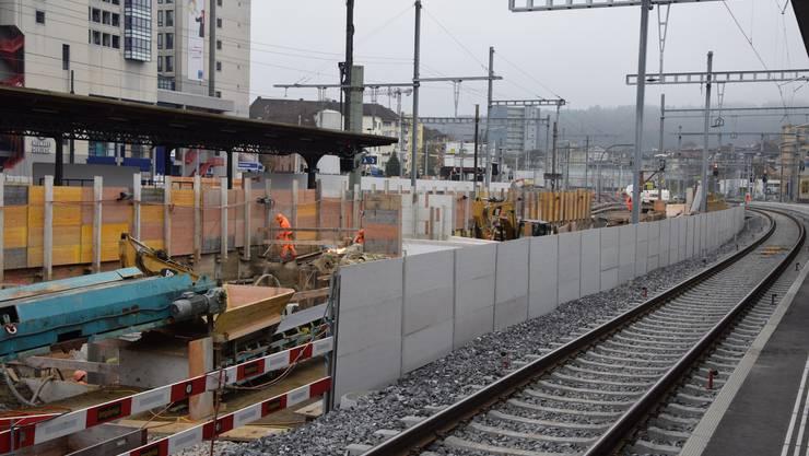 Bahnhof Oerlikon wird um- und ausgebaut.