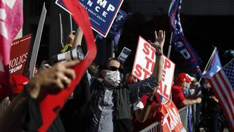 Protest gegen die Auszählung: Trump-Anhänger in Philadelphia.