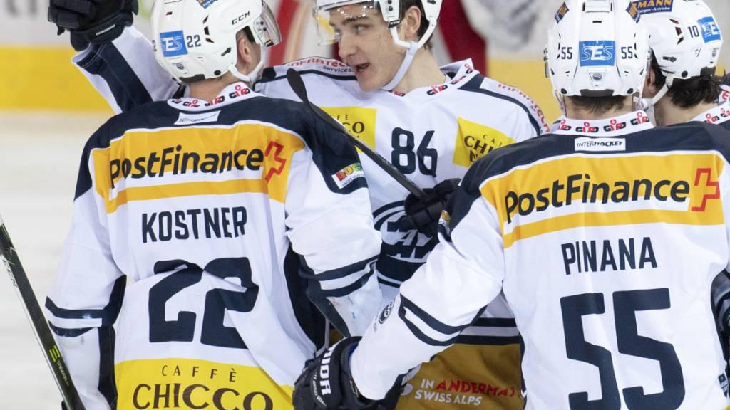 Mit zwei Toren Mann des Spiels: Diego Kostner (Nummer 22) schoss Ambri-Piotta zum Auswärtssieg in Langnau