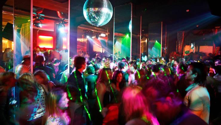 Dem Bundesrat war das Risiko bewusst, das er mit der Öffnung der Clubs und  Bars einging. (Symbolbild)