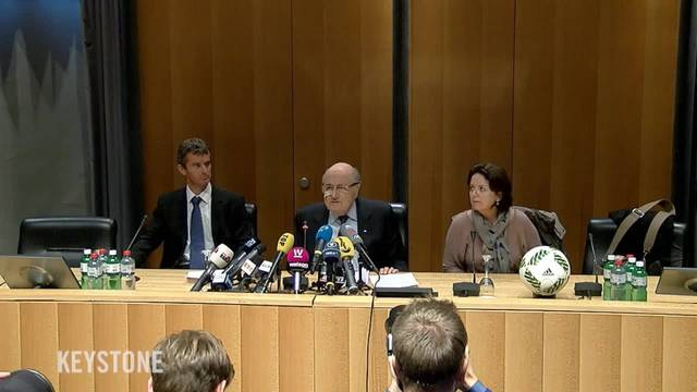 «Es tut mir leid für den Fussball – aber es tut  mir auch leid für mich»: Sepp Blatters Medienkonferenz nach dem Urteil am 21.12.2015.