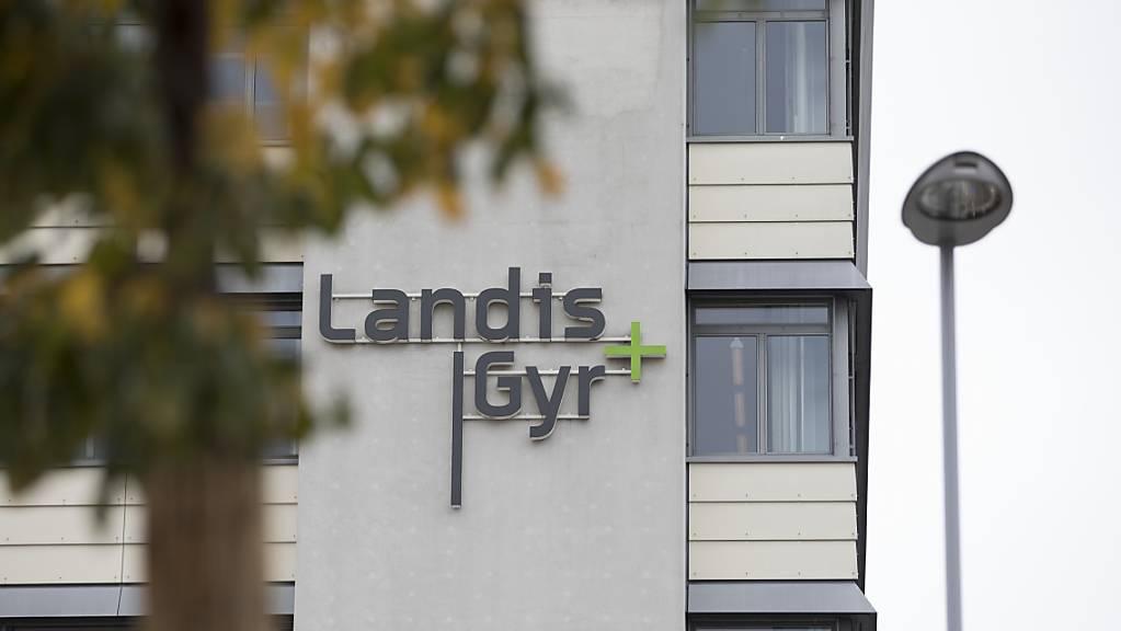 Der Stromzähler-Produzent Landis+Gyr will massiv Kosten einsparen und seine Belegschaft verkleinern. (Archivbild)