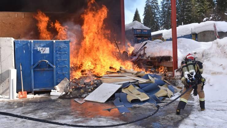 Beim Brand in Flims entstand Sachschaden von mehreren zehntausend Franken.
