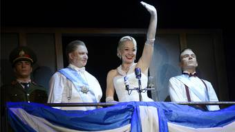 «Don't Cry for me Argentina»: Stephanie Theiss in der Rolle der Evita.