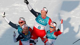 Und immer wieder dieselbe Geschichte: Irgendjemand jubelt ausgelassen mit rot-weiss-blauer Flagge – sind die Zeiten tatsächlich schon vorbei, als wir vor dem TV den Österreichern das schlimmste wünschten? Der Feind hat einen neuen Namen: Norwegen.