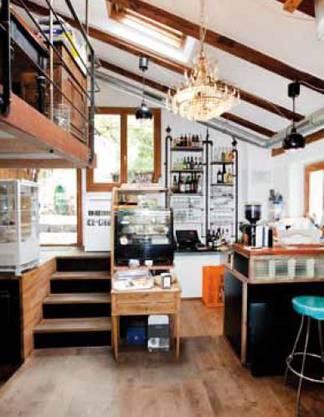 2011 hat die Familie Grenacher das alte Bauernhaus an der Hofstrasse im Quartier Hottingen in Eigenregie renoviert.