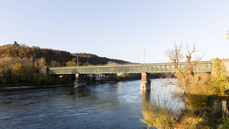 Im Landkreis Waldshut setzt man auf Tranzparenz. (Im Bild: Eisenbahnbrücke Koblenz-Waldshut)