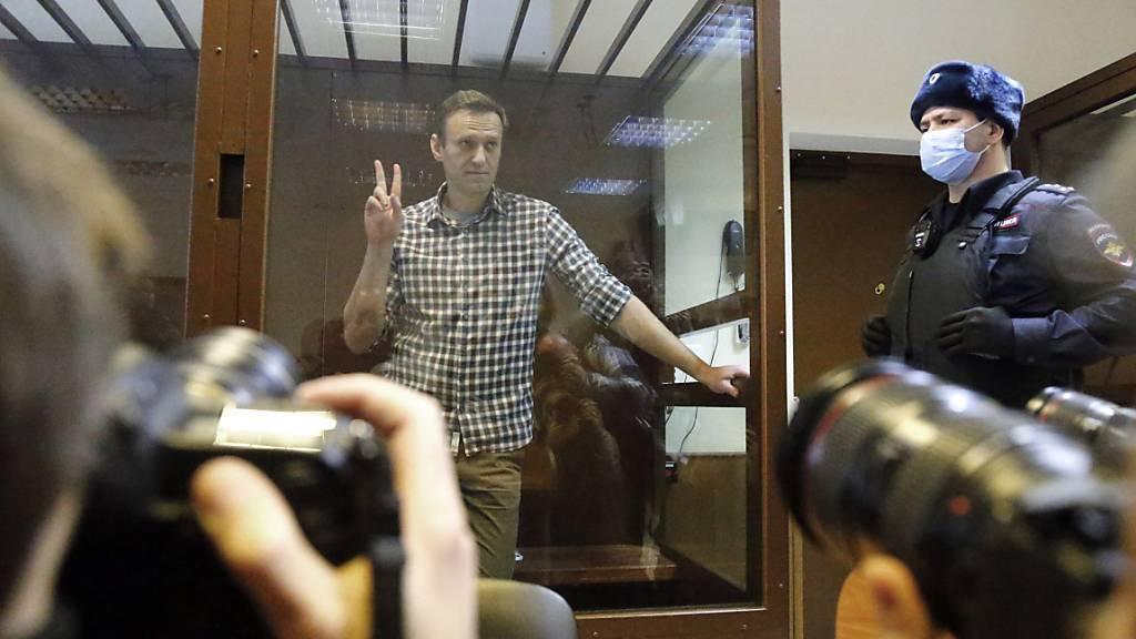 Im Fall Nawalny fordert die EU seit nunmehr rund drei Wochen erfolglos die Freilassung des Kremlkritikers. Foto: Alexander Zemlianichenko/AP/dpa