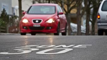 Der Kanton Baselland will auf seinen Strassen möglichst keine Tempo 30-Zonen einrichten.