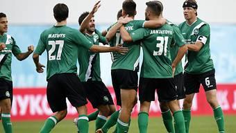 Die Spieler von St. Gallen feiern den Einzug in die Europa League.