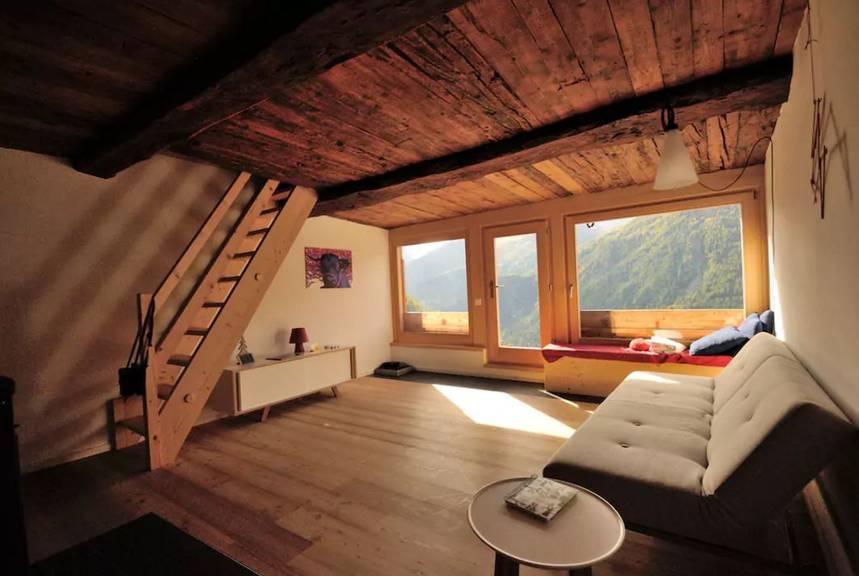 Airbnb/Alex