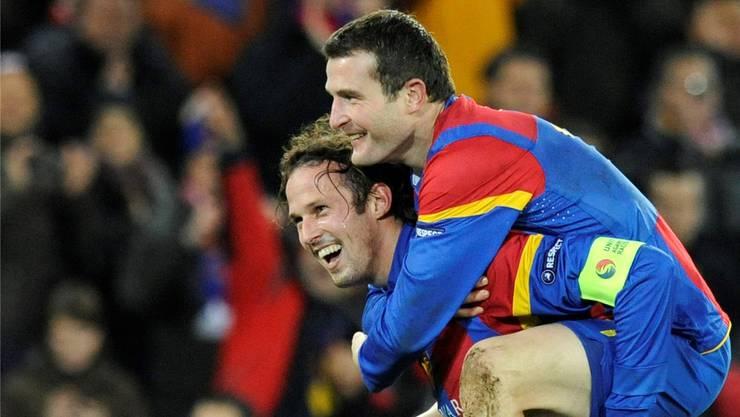 Bald wieder vereint? Neben Marco Streller (links) soll auch Ex-Mitspieler Alex Frei zur neuen sportlichen Führung beim FC Basel stossen.