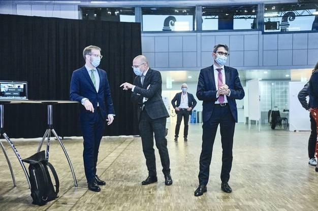 Er hatte einen schweren Stand: Conradin Cramer und Lukas Engelberger schafften die Wiederwahl im ersten Wahlgang, Dürr musste weiter zittern.