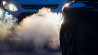 Der Verkehr stiess 2016 am meisten Treibhausgase aus. (Archivbild)
