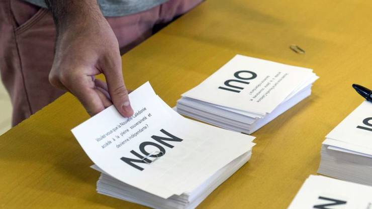 Gemäss ersten Ergebnissen sprachen sich fast 60 Prozent der Stimmenden gegen die Abspaltung von Frankreich aus.