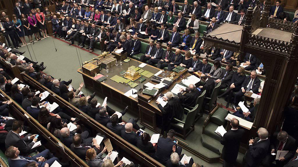 Das britische Parlament hat am Mittwochabend alle Brexit-Ansätze abgelehnt. Die Zukunft von Premierministerin Theresa May ist offen.