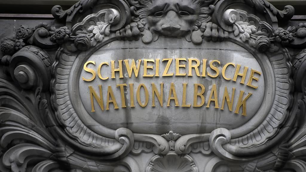 SNB knapp in den schwarzen Zahlen bei Jahresmitte