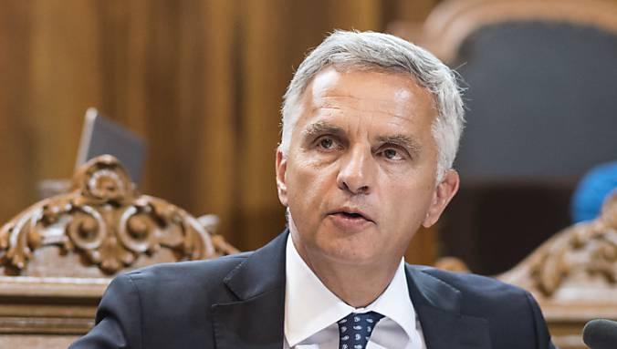 Er trat sein Amt am 1. November 2009 an.