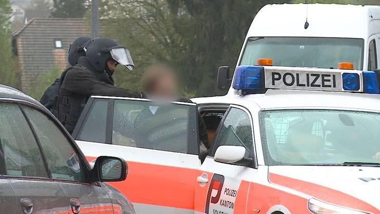 Der 57-jährige Schweizer wurde am Samstag von einer Sondereinheit der Kantonspolizei in Gewahrsam genommen