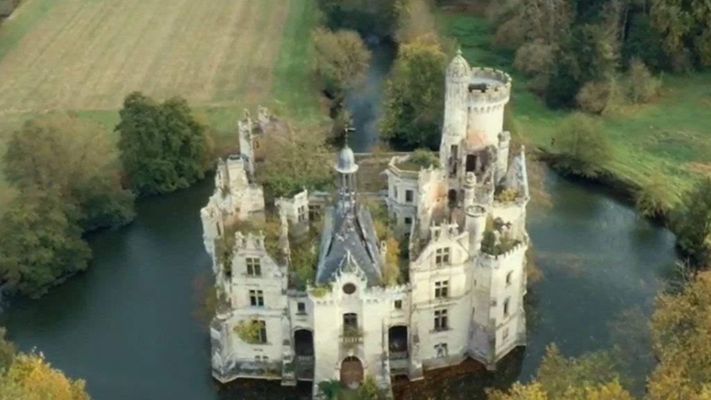 Über 6800 Besitzer für ein verfallenes Wasserschloss: Eine Online-Crowdfunding-Aktion brachte für den Kauf schon über 550'000 Euro ein.
