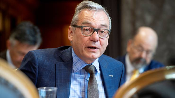 Ruedi Noser (ZH/FDP) beantragte dem Rat, auf einen Gegenvorschlag zu verzichten.