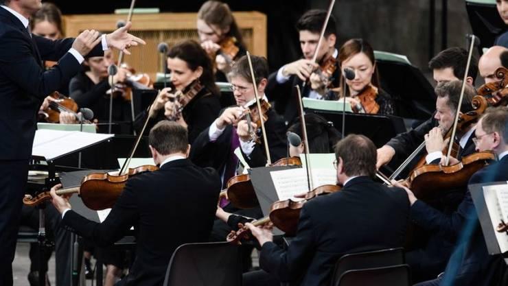 """Instrumente laufen heiss beim Musizieren. Die Berliner Philharmoniker machen aus dem Phänomen die Werbekampagne """"Heat"""" (Archivbild)"""