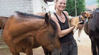 Auf dem Lebenshof von Seraina Manzanell leben aktuell 27 Tiere – einige für immer, andere vorübergehend.