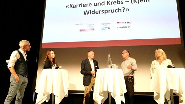 Moderator Dani Fohrler, Linda Wälchli (Krebsliga Solothurn), Kurt Jäggi, Markus Rüegger und Christine Beer.