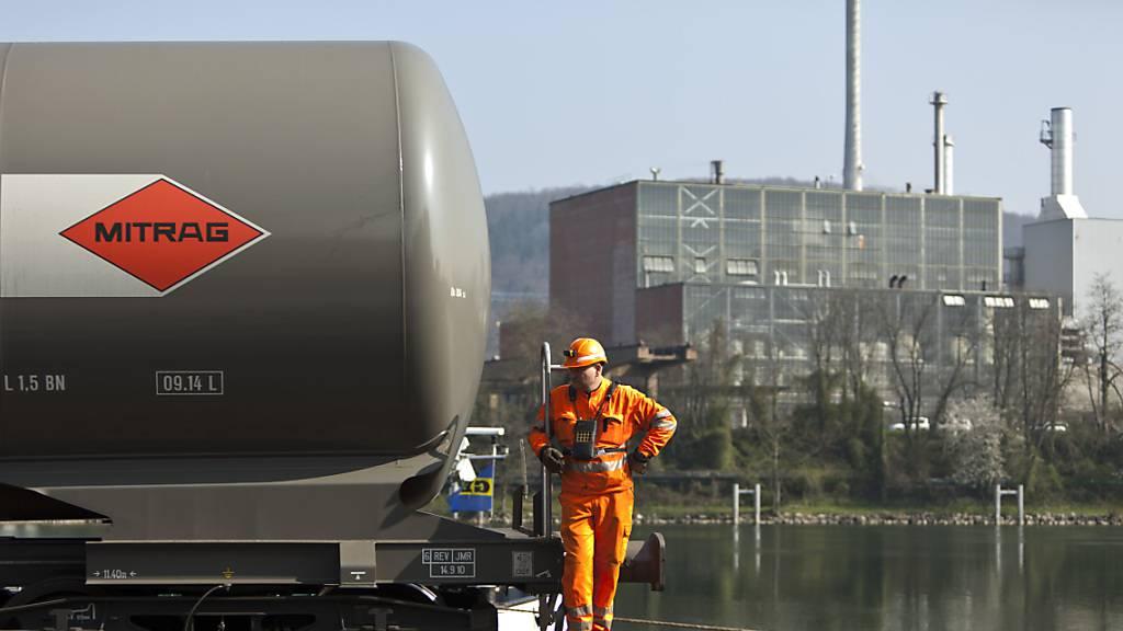 In den Rheinhäfen in Birsfelden und Muttenz (Bild) soll ein Wasserstoff-Hub entstehen.