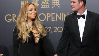 Nichts lieber als das: In einer Reality-TV-Sendung können Fans die Hochzeitsvorbereitungen von Mariah Carey und James Packer hautnah miterleben (Archiv)