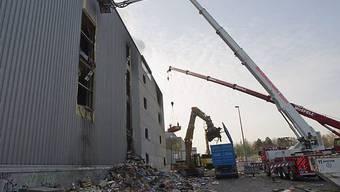 Weiterhin einsturzgefährdet: Das betroffene Grosskühlhaus in Basel