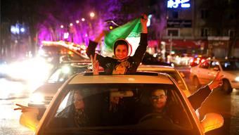 Junge Iraner in Teheran feierten vor einem Jahr den Atomdeal mit dem Westen. Sie hofften auf einen Boom. Diese Euphorie ist verflogen.