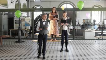 Szene einer Probe im Gasi-Museum mit Volker Ranisch, Noémi Alexa Fiala und Alexandre Pelichet.