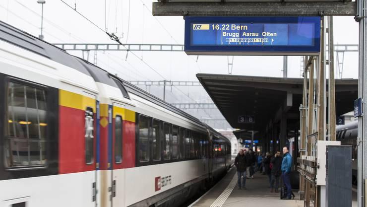 Eine stündliche Direktverbindung nach Bern gehört für Baden und Brugg zum Standard. Geht es nach dem Bund, geht diese mit Step 2035 verloren.