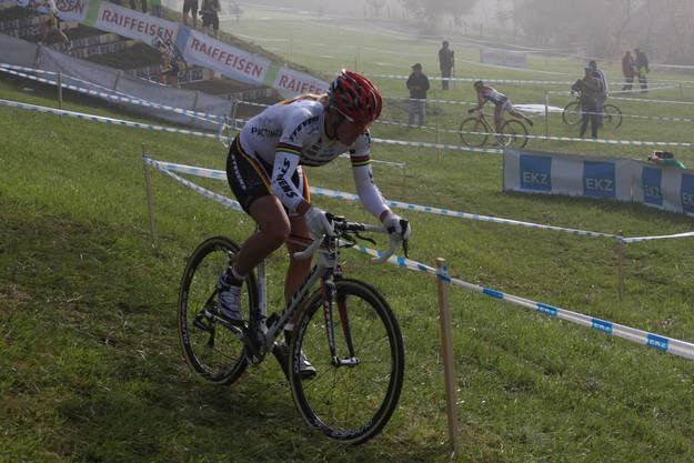 Die Strecke des Süpercross führte über Felder, Strassen und verschiedene Hindernisse.
